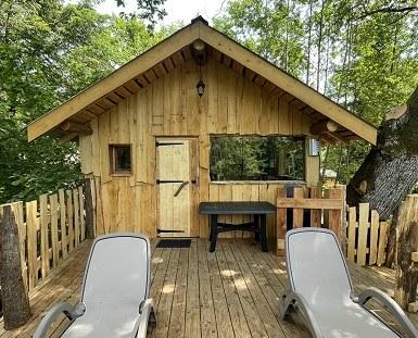 vue de face cabane herons siteweb