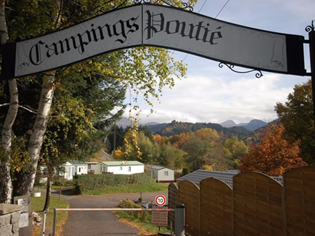 camping poutie - la bourboule - auvergne - reception