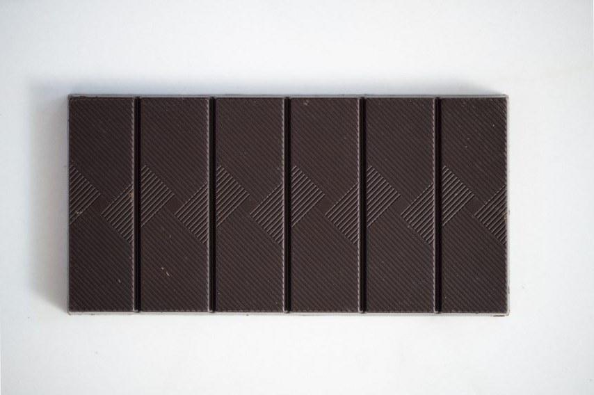 Tablette-Noir-88-568x854