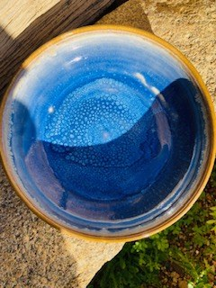 052  Assiette grès ecuelle creuse blanche bleue