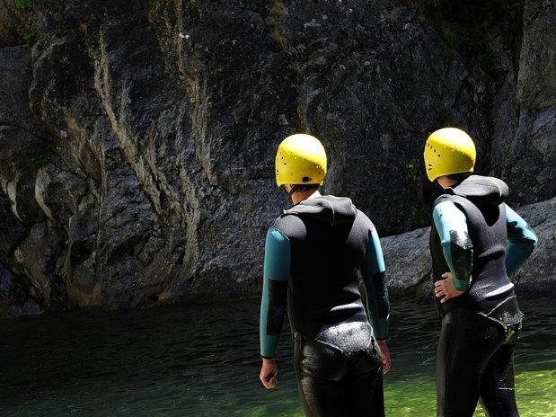 Canyoning-ardèche-vacances-la-coconnière