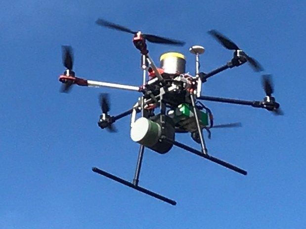 lidar-topographie-imagerie-aerienne-DPS6-BL équipé LiDAR