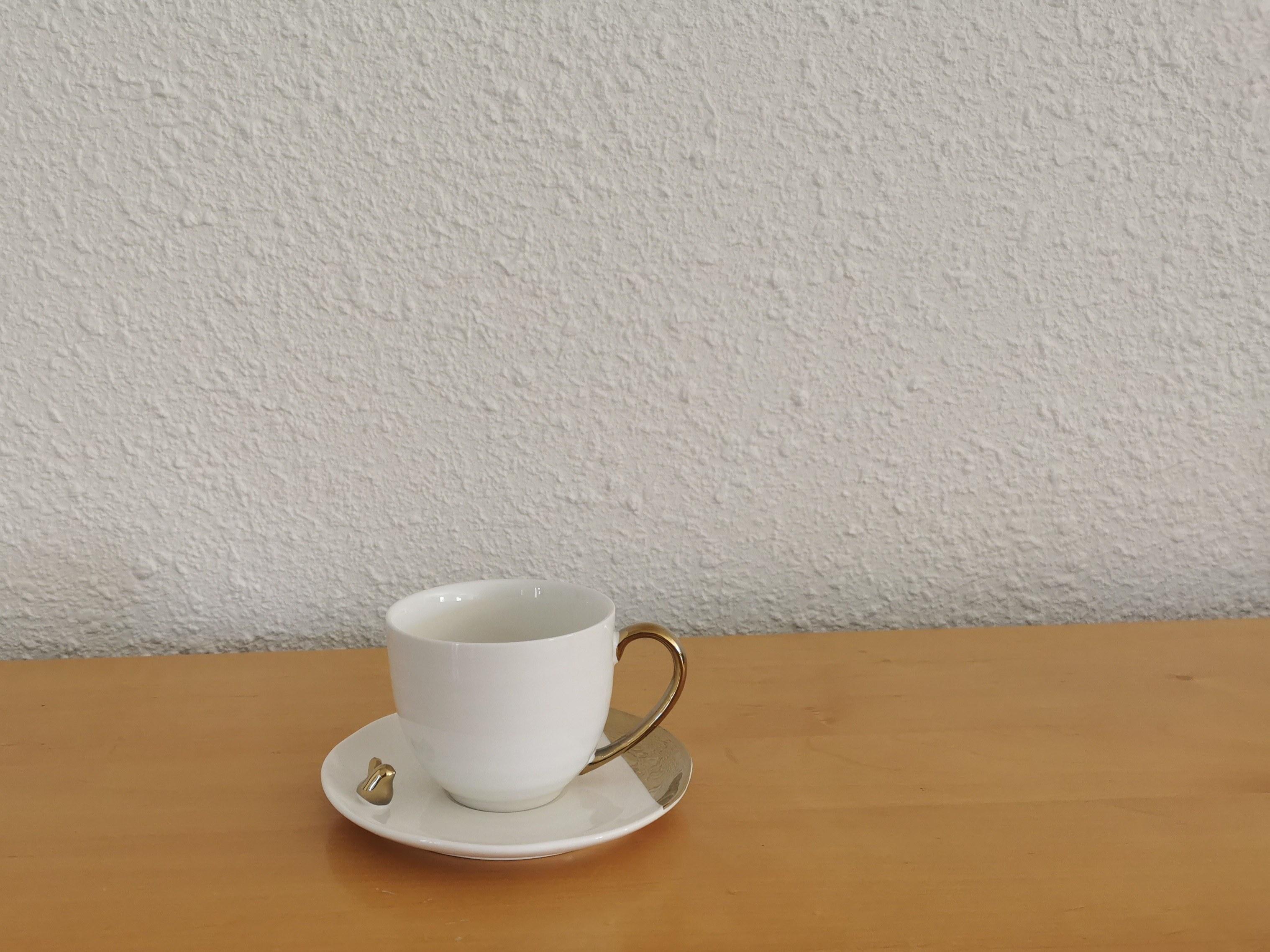 tasse à café blanche couleurs d'Hélène