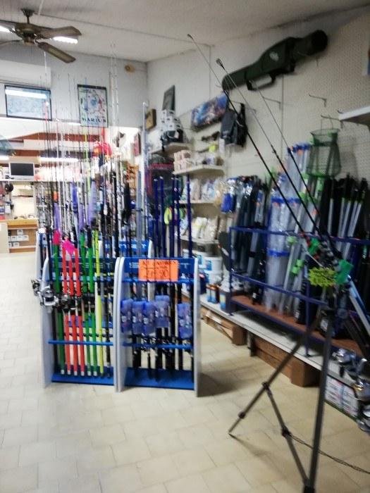 Trouvez tout le matériel de pêche Chez Panis Sébastien à Valras-Plage3