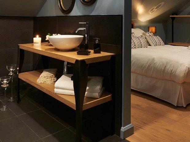 chambre bleue esprit boudoir chambres de l 39 or e des sens maison d 39 h tes pierry. Black Bedroom Furniture Sets. Home Design Ideas