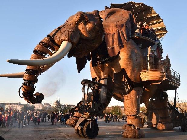hotel-centre-ville-nantes-elephant-machine-de-l'ile