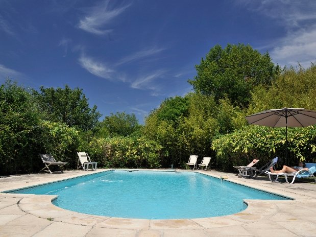 La piscine-chambres d'hôtes de charme-perigord-villereal-monflanquin