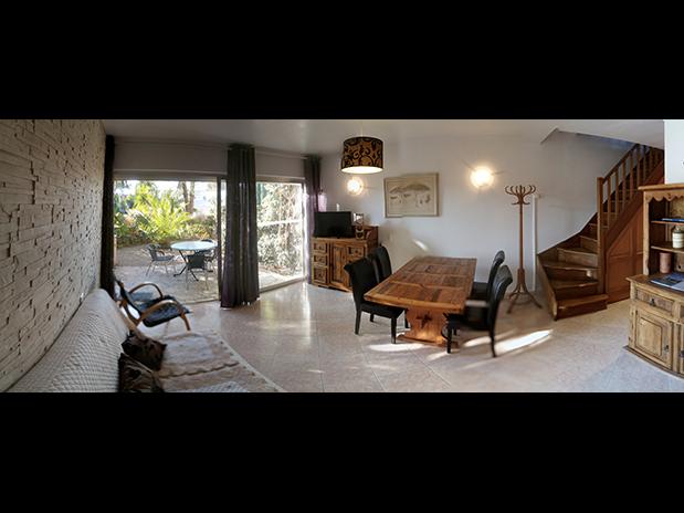 gites-a-Saint-Raphael-Frejus-salle-de-vie