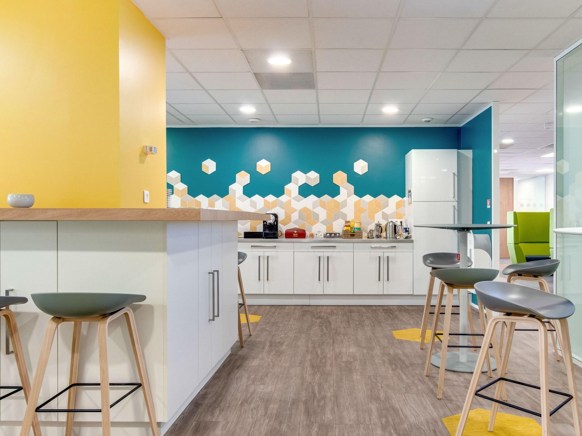Architecte décorateur intérieur lounge bar entreprise