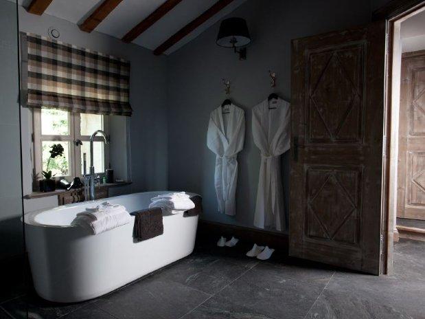 salle de bain baignoire suite maison hôtes provence luxe