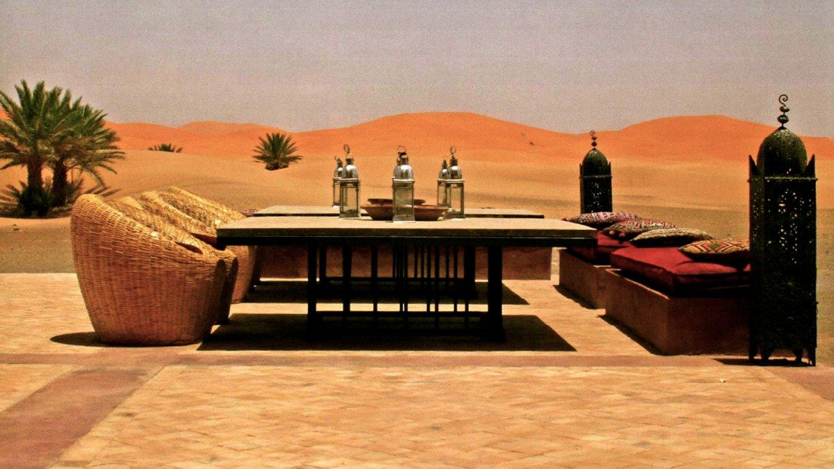 Terrasse sur le desert Hotel Kanz Erremal