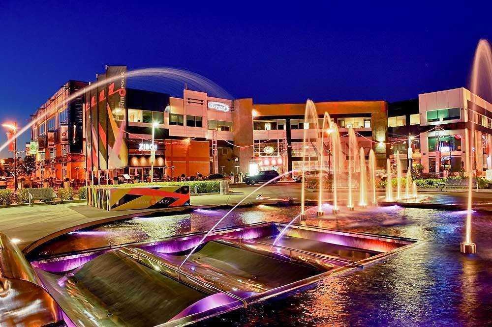 centropolis-hotel-laval