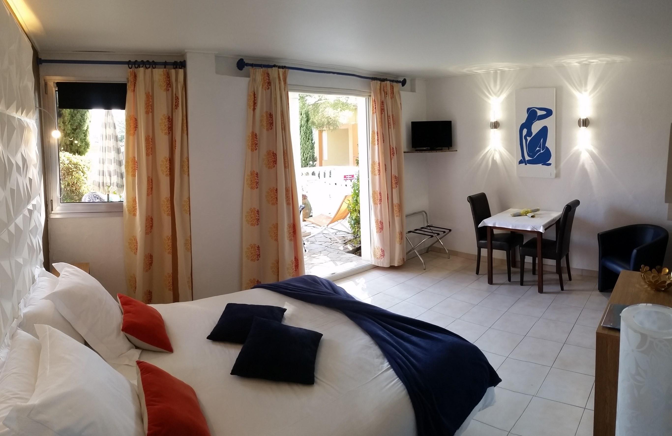 chambre_studio_Matisse_Boulouris_st raphaël_fréjus_var