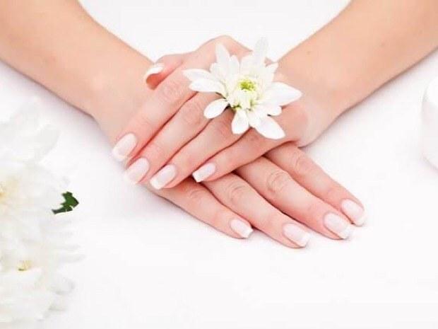 epilation-au-fil-paris-chatelet-les-halles-beaute-des-mains-fleur-ongle