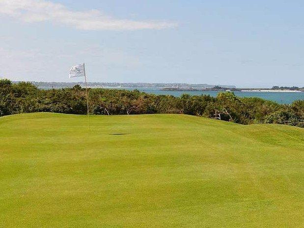 Golf-Sport-face-mere-Saint-Malo-Cancale-Bretagne