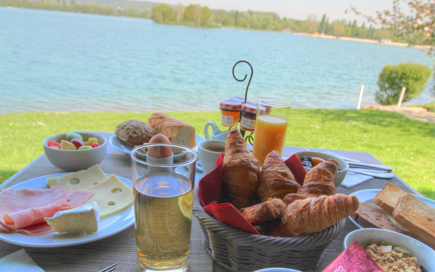 petitdejeuner-edenpark-normandie-lac