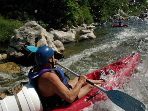 Canoé Kayak - activités camping l'olivier - nimes - sommieres