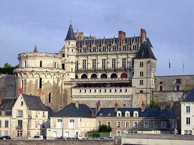hotel-anne-de-bretagne-blois-centre-ville-chateaux-de-la-loire- amboise