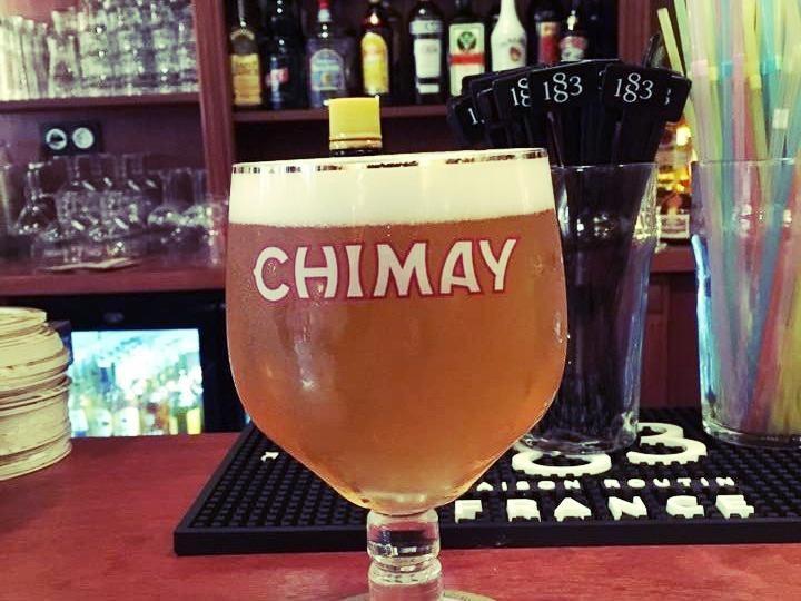 bar-a-bieres-paris-chimay-verre-paille