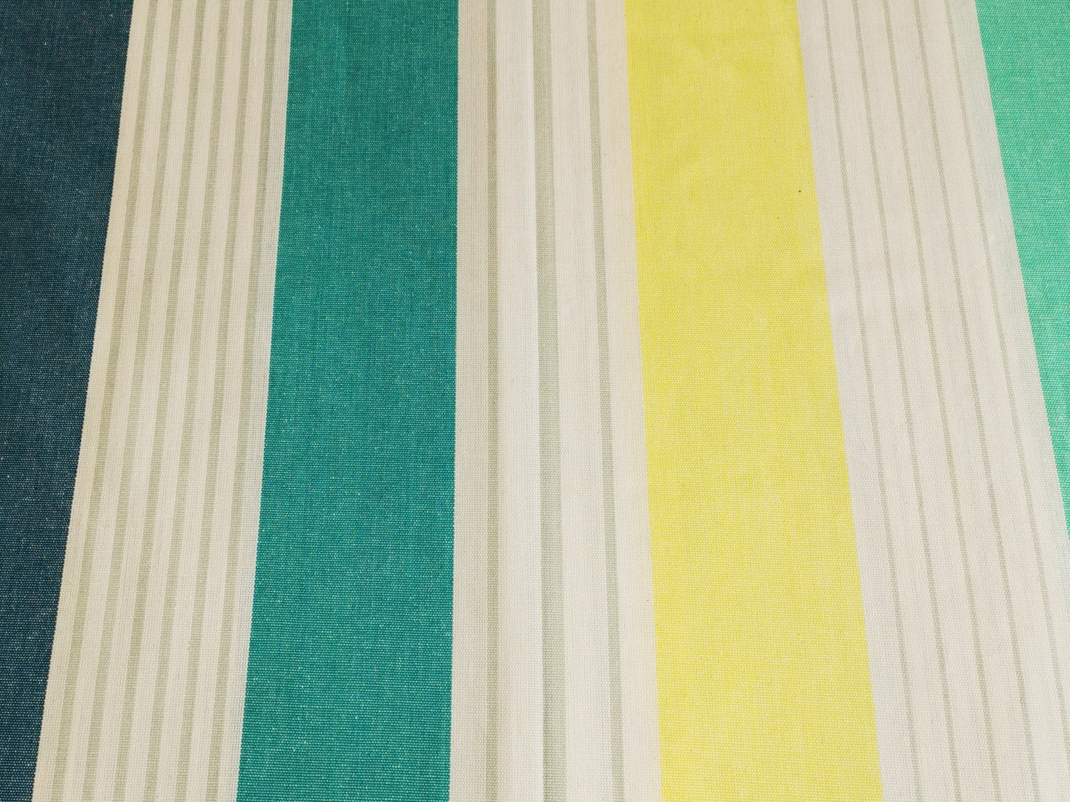 nappe enduite à rayures couleurs d'hélène