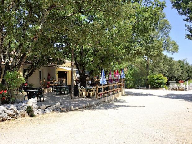 terrasse bar restaurant camping ardèche