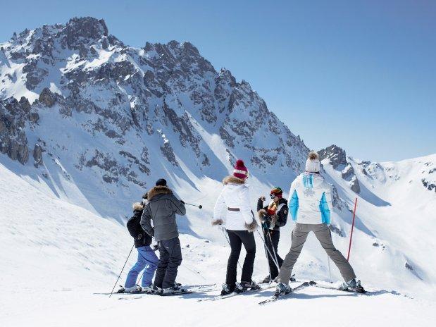 Guzet ski ariège proche Seix