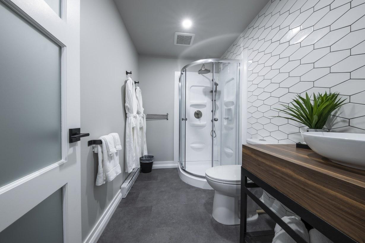 hotel-haut-saint-françois-estrie-salle-de-bain