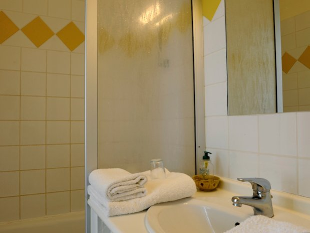 chambre jaune Beauchots Troyes Champagne