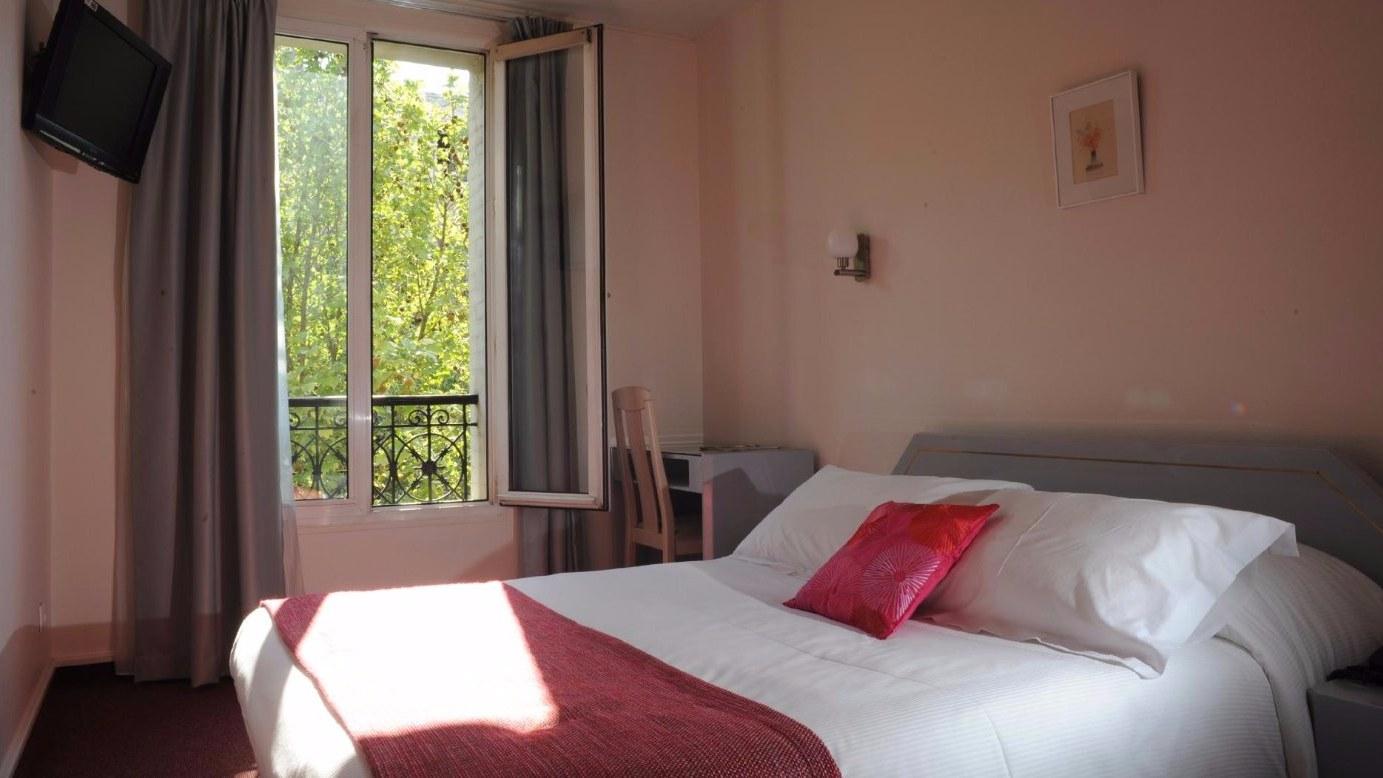 Chambre Hotel Crimée Paris