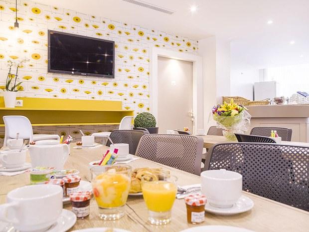 hôtel-proche-paris-la-defense-petit-dejeuner
