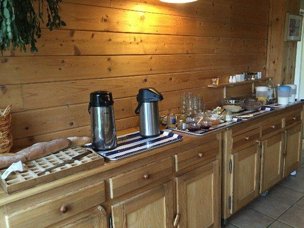 maison-des-inuits-jura-petit-dejeuner