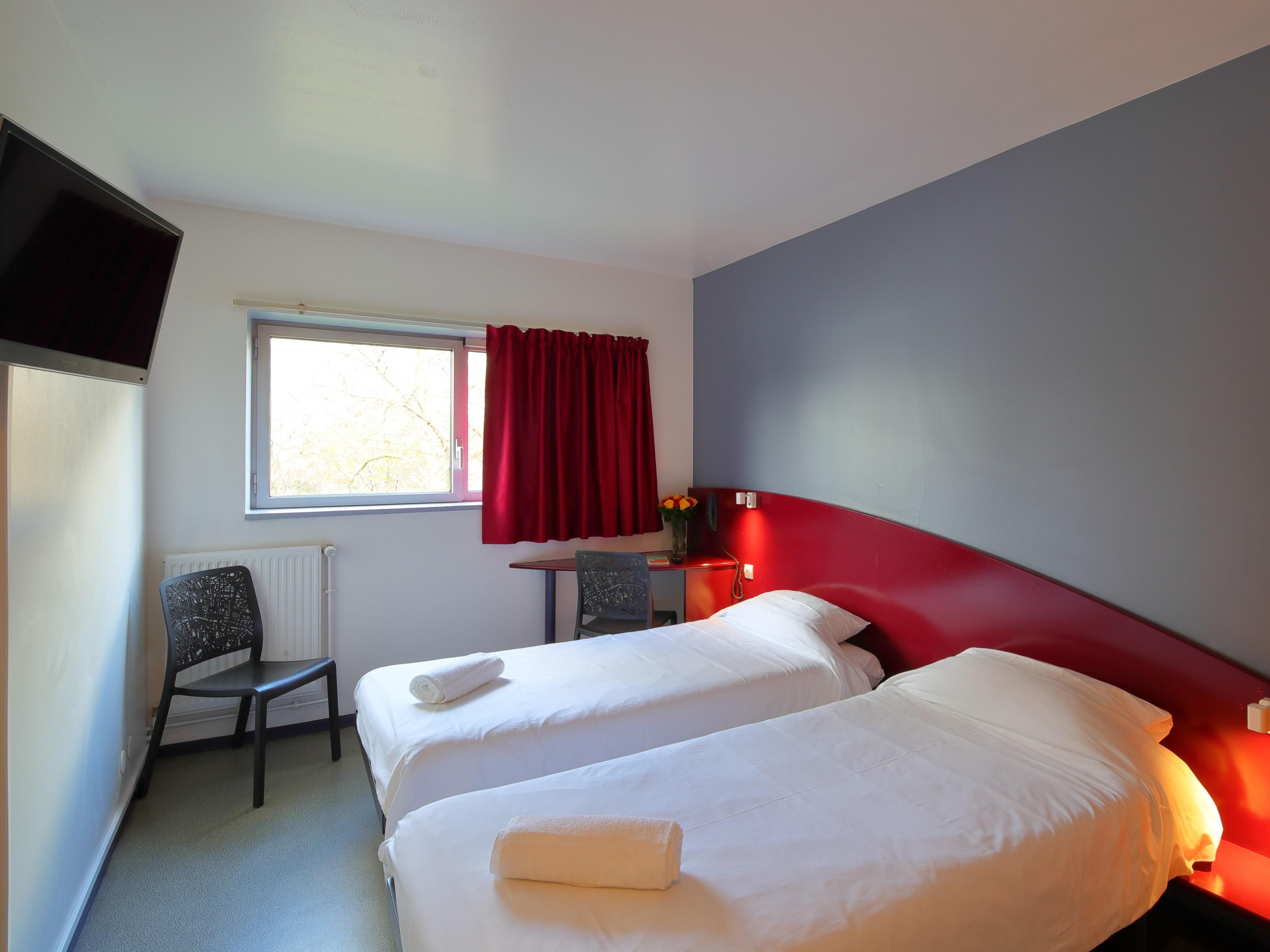 hotel-paris-13-avec-parking-chambre-lit-twin