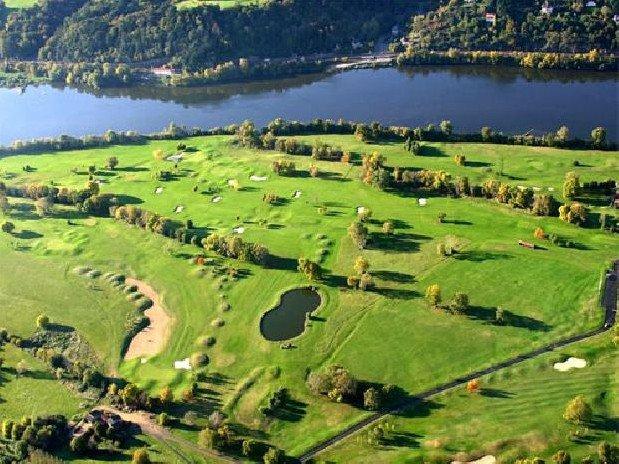 golf ancenis hotel loire