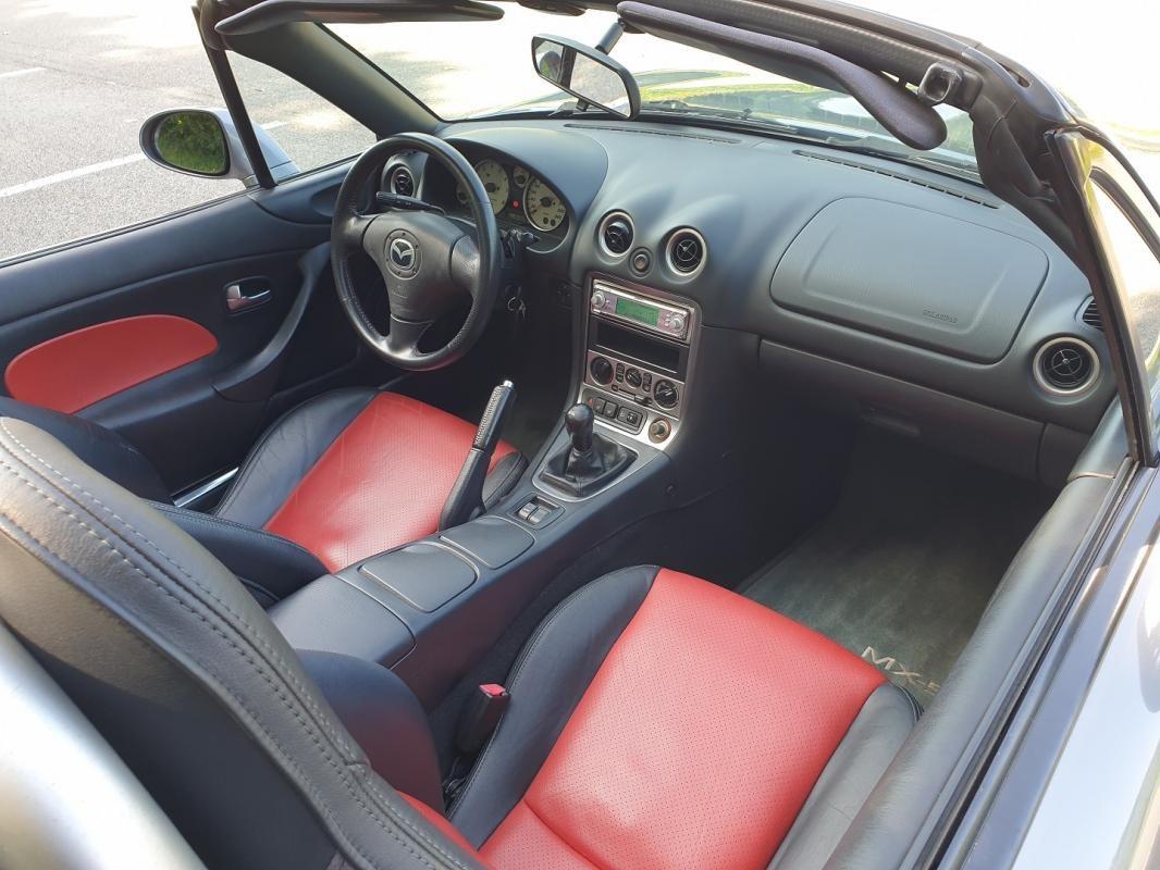 Mazda MX-5 II 1.6 110