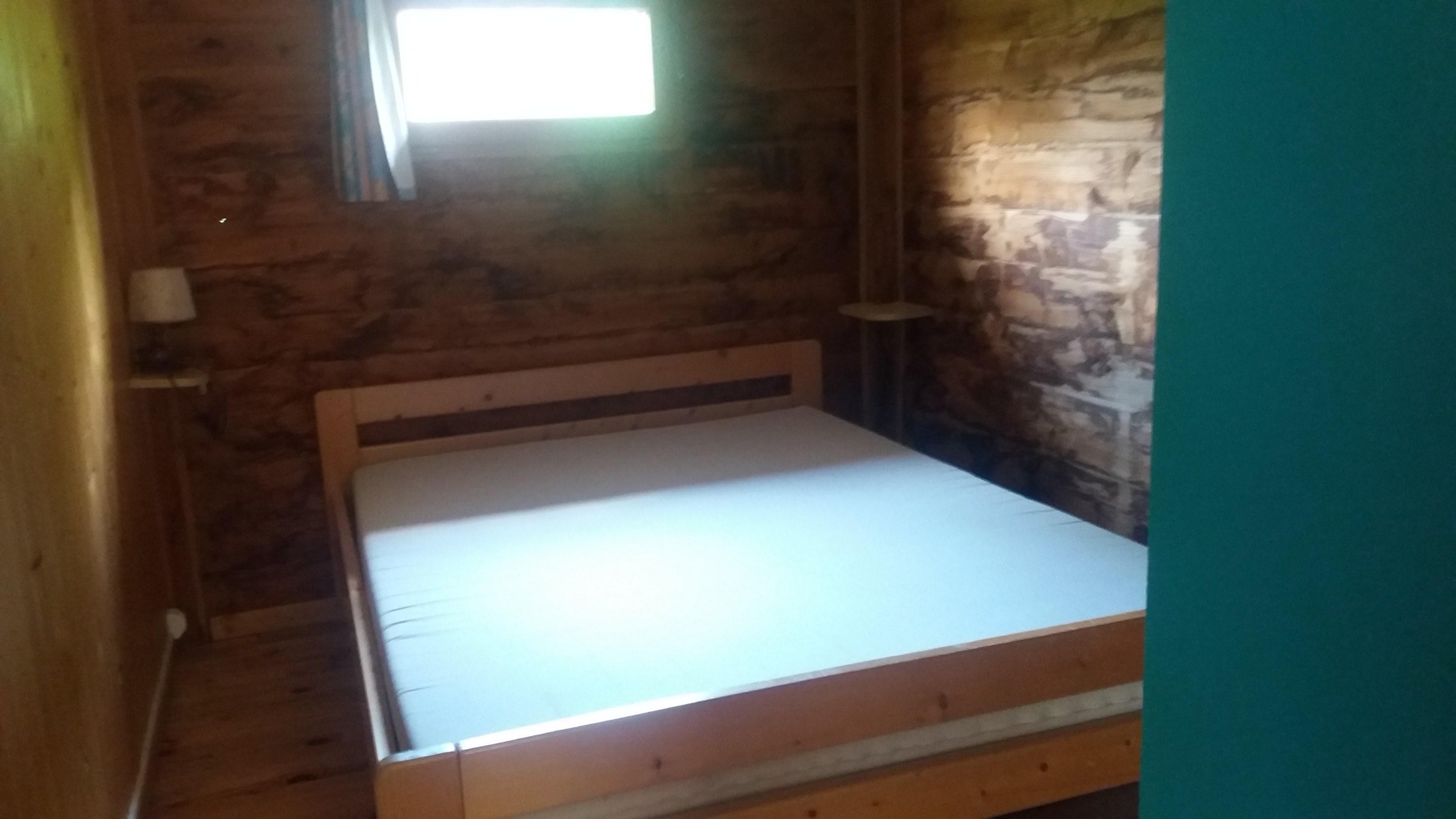 Pareloup exterieur camping familial piscine Aveyron lac de pareloup