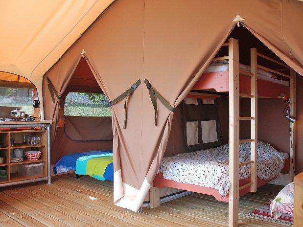 Camping Le Clapas tentes lodge chambres