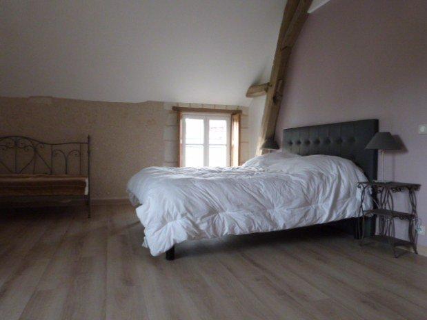 chambre parentale gîte moulin val orquaire Touraine