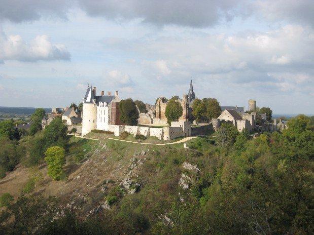 village sainte suzanne