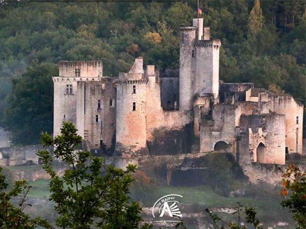 chateau de bonaguil  - lot et garonne - dordogne - chambre d'hôtes de charme - nature - moulin de la bique
