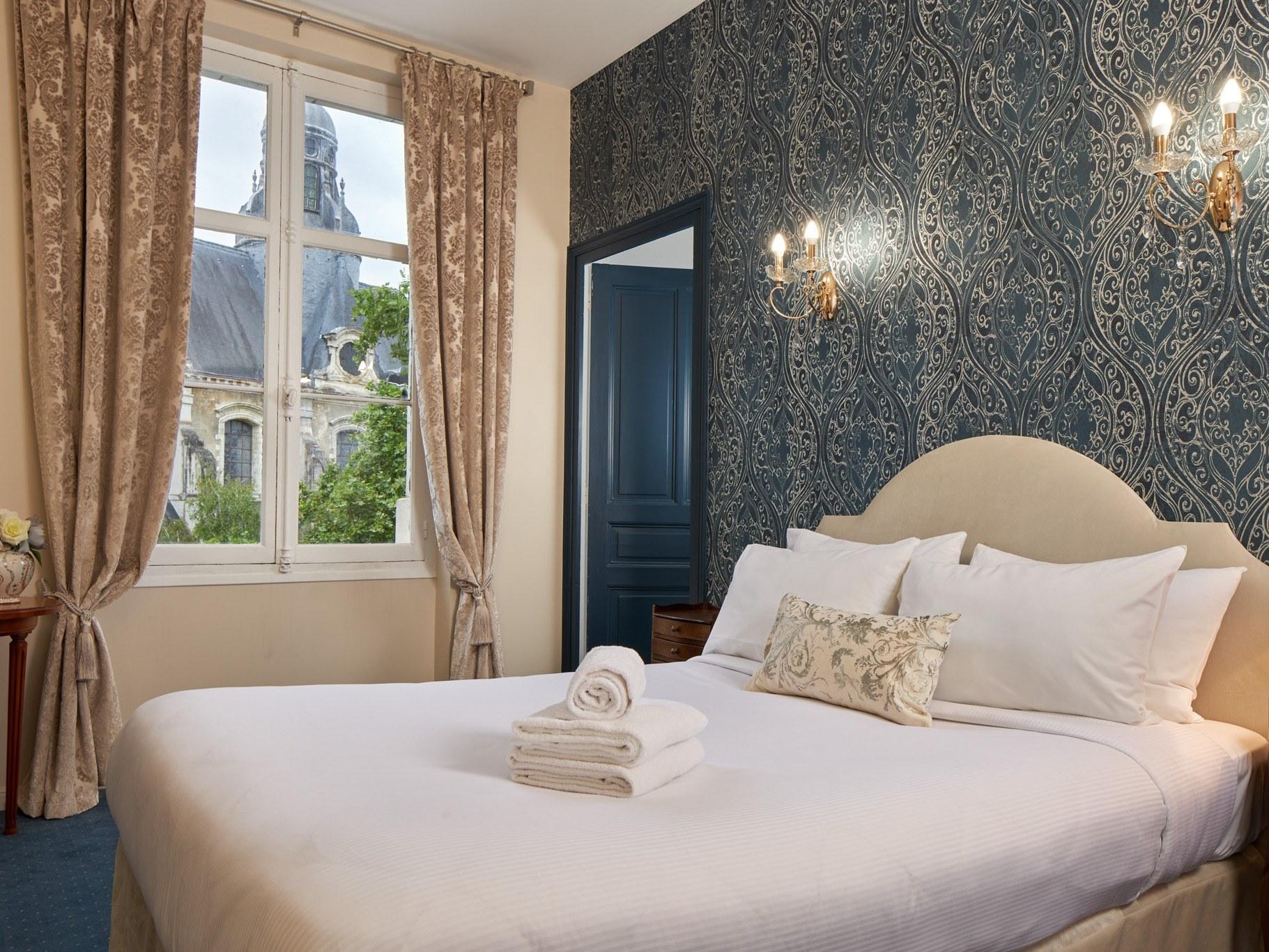 Hotel-Blois-chambre-triple