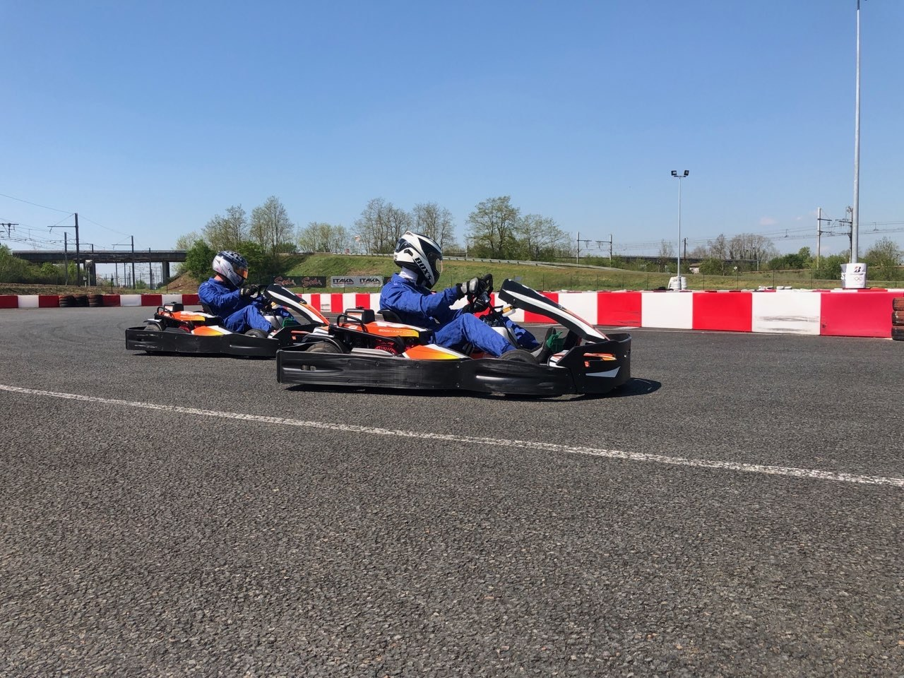 KARTING CENTER TOURS  A 10 MINUTES DU CENTRE VILLE DE TOURS