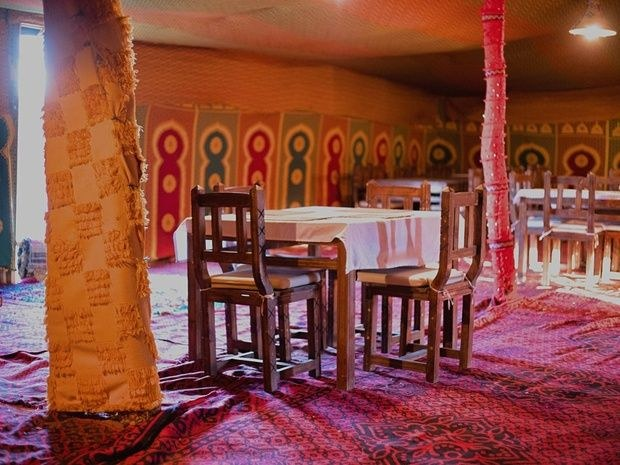 KHAIMA DINING ROOM
