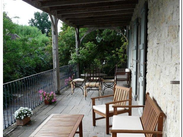 Tilleul terrasse-chambres d'hôtes de charme-perigord-villereal-monflanquin
