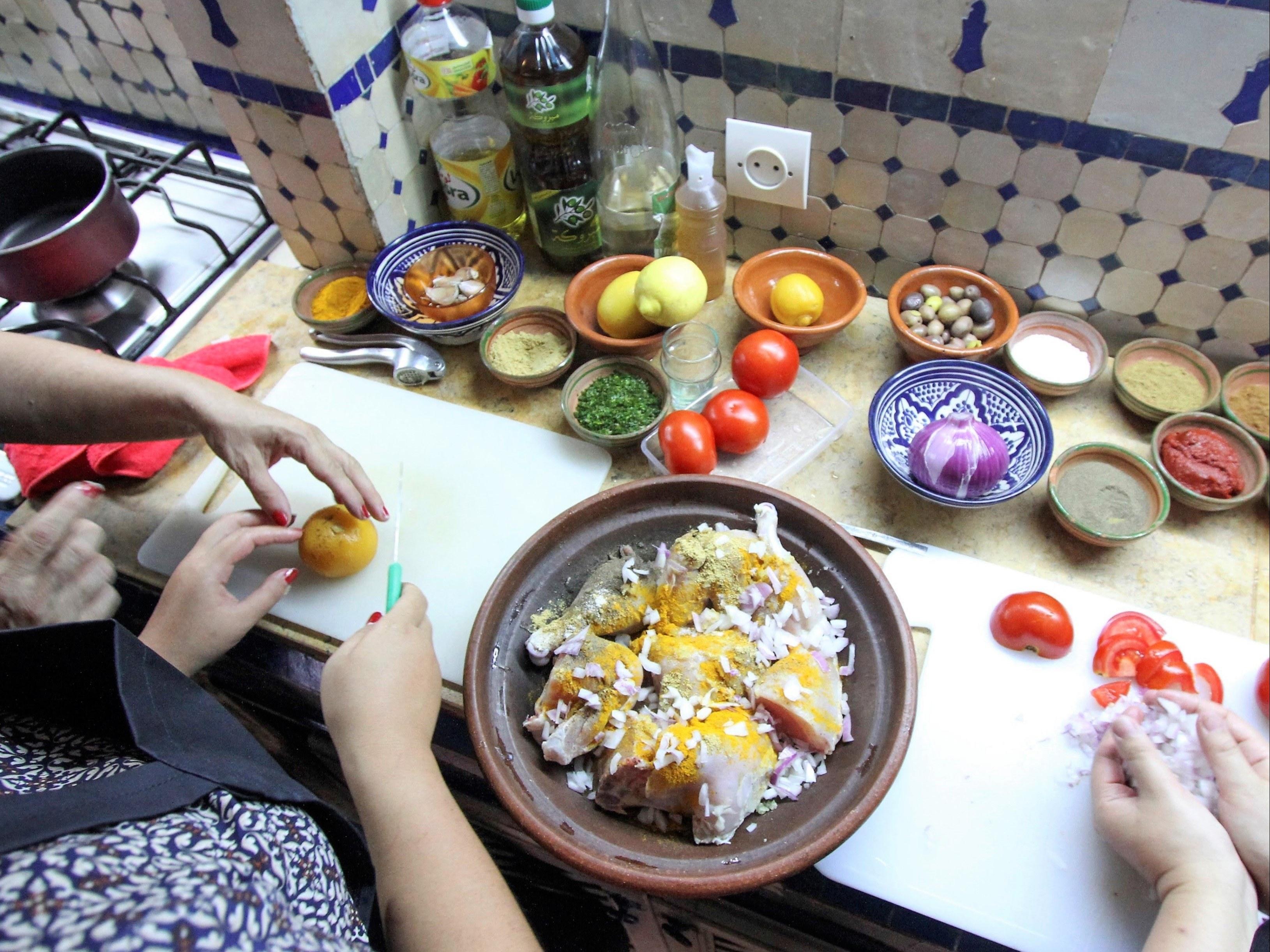 restaurant-marocain-marrakech-cours-cuisine-couscous-viande-legume