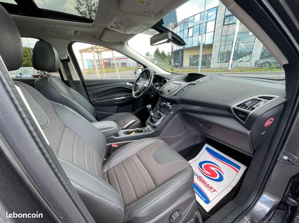 Ford Kuga 2.0TDCI 150CV TITANIUM