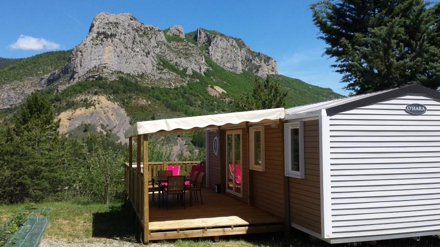 espace premium camping Hautes-Alpes familial piscine escalade