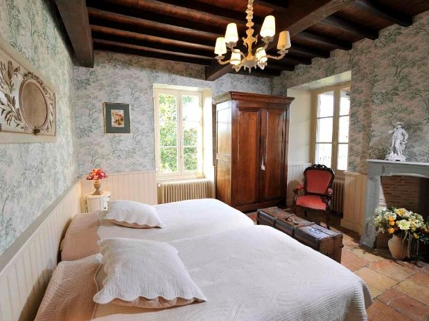 Chambre Bignone-chambres d'hôtes de charme-perigord-villereal-monflanquin