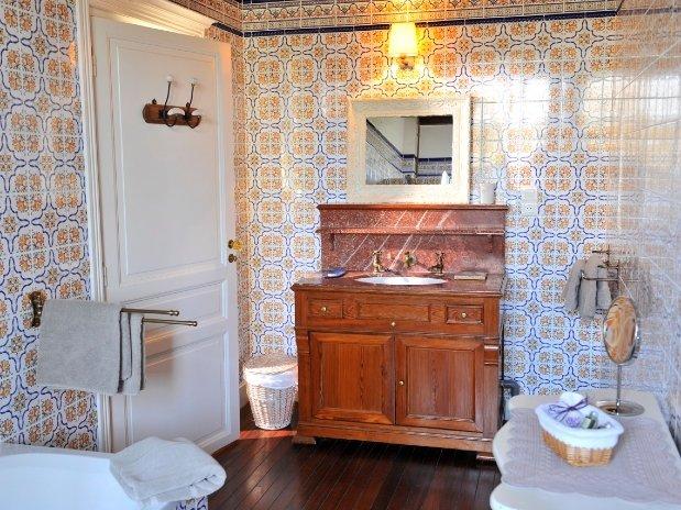Figuier Salle de Bain-chambres d'hôtes de charme-perigord-villereal-monflanquin