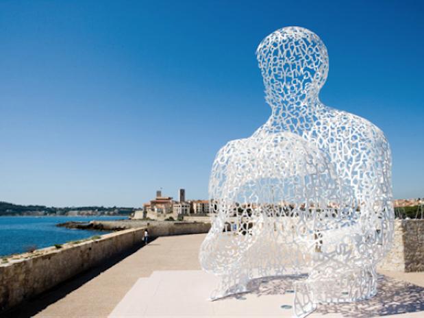 Sculpture  Le Nomade Antibes Cote d'Azur