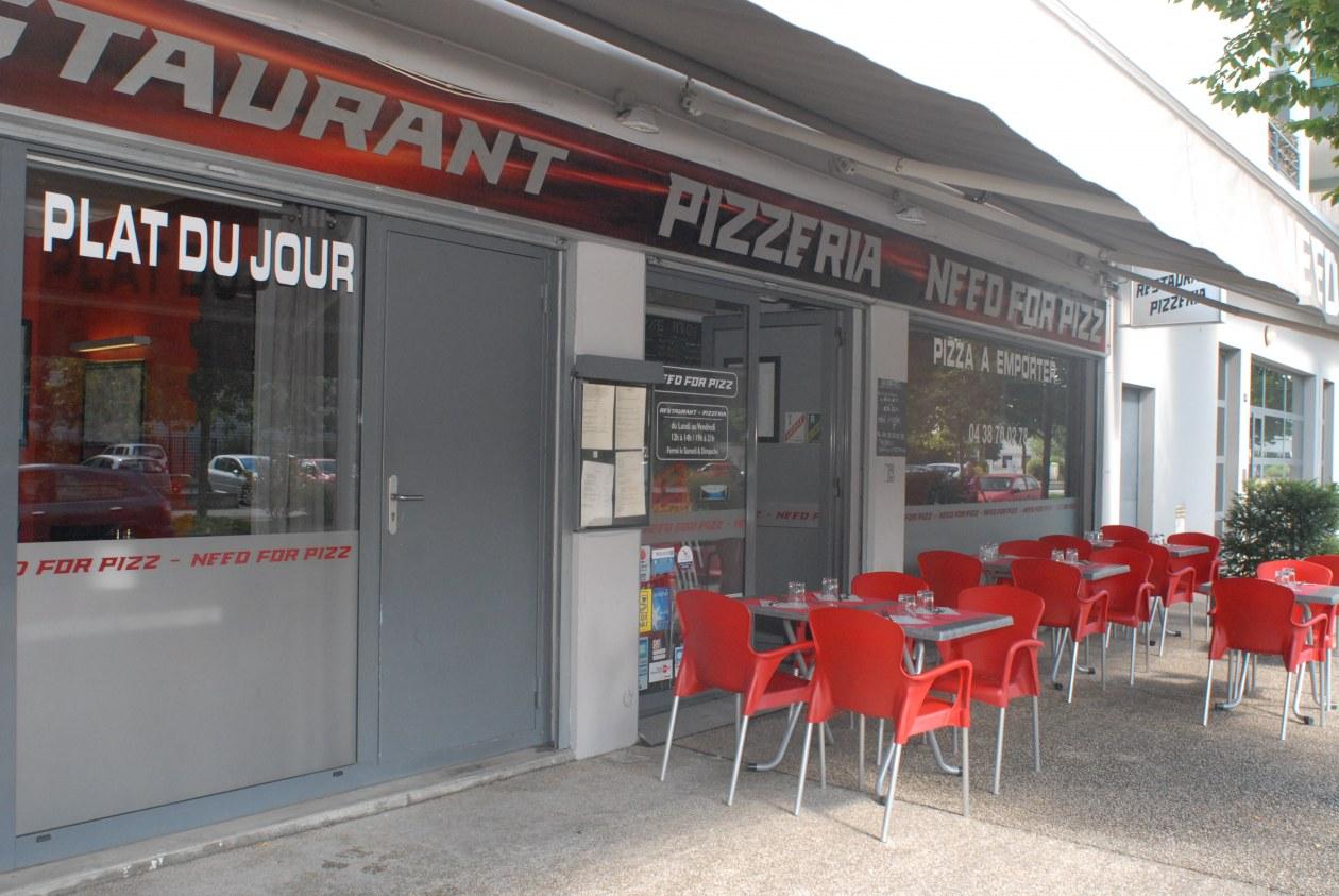 restaurant-pizzeria-echirolles-façade